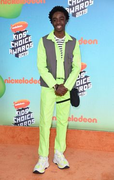 Kids' Choice Awards Arrivals 2019 — See The Red Carpet Pictures – Hollywood Life Kids Choice Award, Choice Awards, Orange Carpet, Red Carpet, Jason Sudeikis, Aladdin Movie, Lilly Singh, Skai Jackson, Aladdin Film