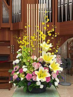 2017.09.03 主日插花 01  Flower arrangements for the church 教会のフラワーアレンジメント