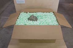 packing foam 'peanuts' image © pierre grasset