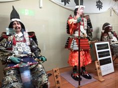 IMG_20141009_151518-samurai-tomoe-gozen-doll-at-the-yoshinaka-yakata-museum-in-miyanokoshi-japan.jpg (900×675)