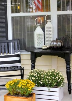 spring living room decor - Internal Home Design Home Design, Design Ideas, Wooden Flower Boxes, Porch Makeover, Terrace Design, Porch Decorating, Decorating Ideas, Living Room Decor, Outdoor Decor