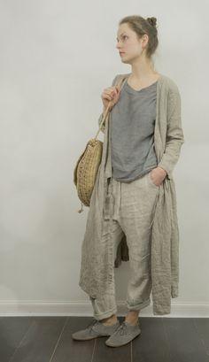 Etsy の Wrap Dress / Jacket in Natural Linen by KnockKnockLinen