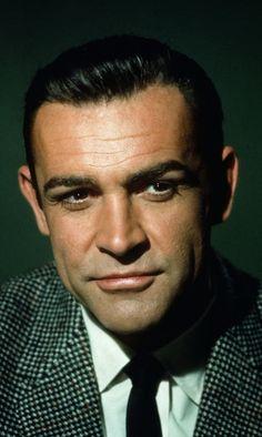 Sean Connery-the real Bond Hollywood Men, Hollywood Stars, Classic Hollywood, Sean Connery James Bond, Scottish Actors, British Actors, Sean Connory, Vieux Couples, Saint Yves