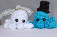Funky bride and groom octopus pair by SisasStitches on Etsy