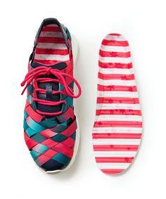 "#Nike WMNS #RosheRun Woven - ""Nagoya Marathon"" Women's / Men's Sneaker #burnwilliams #solecollector"