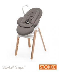 Steps, de nieuwe kinderstoel van @stokkebaby. Meer dan een meegroeistoel! #steps #stokke #eetstoel #hetlandvanooit  http://www.hetlandvanooit.be