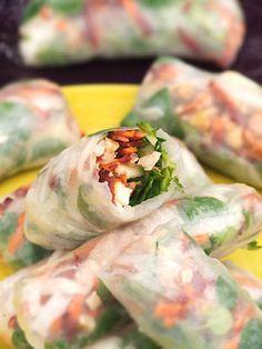 Hummus of peas (Cuisine Campagne) Healthy Salad Recipes, Healthy Snacks, Vegetarian Recipes, Cooking Recipes, Vegetarian Spring Rolls, Eat Better, Speed Foods, Best Food Ever, Exotic Food
