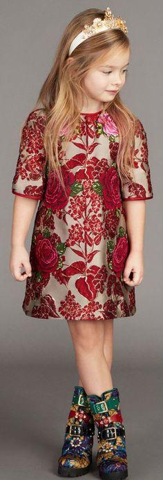 47 Trendy Fashion Dresses For Kids Dolce & Gabbana Baby Dress Design, Frock Design, Jaquard Dress, Dolce And Gabbana Kids, Kids Outfits, Plaid Outfits, Kids Fashion, Trendy Fashion, Fashion Dresses