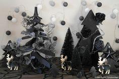 La sapins noirs pour une déco de Noël en noir et blanc