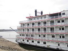 Queen of Mississippi docks in Cape Girardeau, MO, 11-5-2012