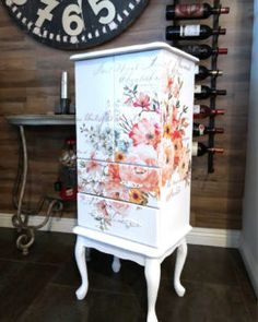 Cool Furniture Inspiration – My Life Spot Art Furniture, Decoupage Furniture, Funky Furniture, Refurbished Furniture, Repurposed Furniture, Shabby Chic Furniture, Furniture Projects, Furniture Makeover, Painted Furniture