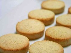 healthier shortbread cookies with okara (soy dregs) Sweets Cake, Cookie Desserts, Recipes Using Tofu, Bread Cake, Asian Desserts, Love Eat, Healthy Sweets, Sweets Recipes, Low Sugar