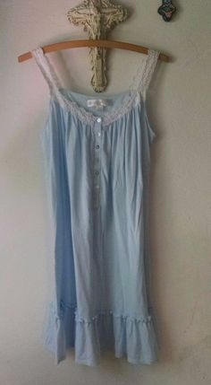 Eileen West Nightgown XS Light Blue Jersey Cotton Modal White Eyelet Lace Ribbon #EileenWest #Gowns #Casual