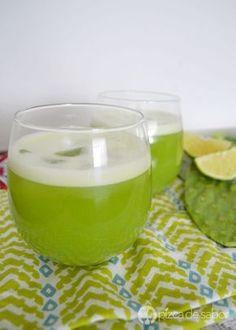Disfruta de una deliciosa agua de nopal con piña o un agua fresca saludable y sin azúcar. Con un sabor muy rico y perfecta para disfrutar a cualquier hora.