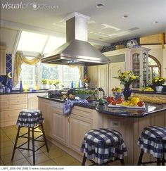 Blue And White Country Kitchens | ... hood, bar stools with blue and white plaid seats. French Country