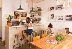 bar but barcelona - C Bonavista Coffee Shop Interior Design, Coffee Shop Design, Cafe Design, Coin Café, Cafe Concept, Coffee Shop Bar, Cafe Shop, Home Decor, Barcelona