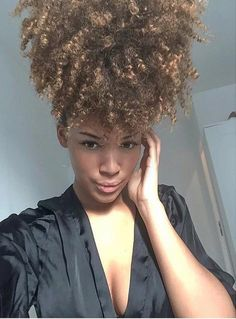 ***Try Hair Trigger Growth Elixir*** ========================= {Grow Lust Worthy Hair FASTER Naturally with Hair Trigger} ========================= Go To: www.HairTriggerr.com =========================     Pretty Big Pineappled Curls!!
