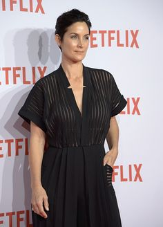 Carrie Ann Moss attends the red carpet of Netflix presentation at the Matadero Cultural Center on October 20 2015 in Madrid Spain Trinity Matrix, Perfect Brunette, Carrie Anne Moss, Roy Rogers, Tall Women, Hollywood Actor, Classic Films, Skinny Legs, Hair Hacks