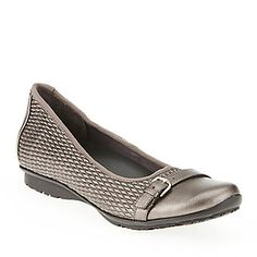 FootSmart Stretchables Women's Laura Flats :: Casual Shoes :: for Wide feet with bunions!