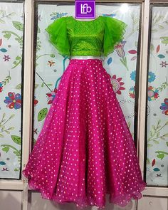 Girls Frock Design, Long Dress Design, Kids Frocks Design, Stylish Dress Designs, Stylish Dresses, Kids Party Wear Dresses, Gown Party Wear, Kids Dress Wear, Dresses Kids Girl