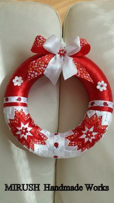 Christmas ribbon of course Quilted Christmas Ornaments, Christmas Ribbon, Christmas Crafts, Christmas Decorations, Ribbon Quilt, Ribbon Art, Folded Fabric Ornaments, Styrofoam Crafts, Ribbon Decorations