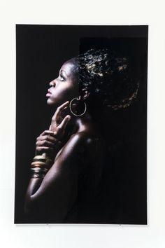 Πίνακας Glass African Queen Profile African Wall Art, Kare Design, Septum Ring, Hoop Earrings, Glass, Jewelry, Profile, Queen, Templates