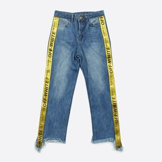 ru.aliexpress.com store product TWOTWINSTYLE-2017-Spring-Women-Bleached-Straight-Jeans-Zipper-Fly-Side-Patchwork-Letter-Ribbons-Ripped-Calf 1604048_32796950647.html?spm=2114.12010615.0.0.0kZv2H