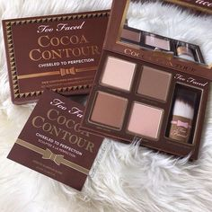 Get Too Faced's exclusive best-selling cocoa contouring and highlighting makeup kit today. Our Cocoa Contour makeup kits will enhance your facial features. Too Faced Makeup Goals, Makeup Inspo, Makeup Inspiration, Inspiration Quotes, Motivation Inspiration, Makeup Ideas, Skin Makeup, Makeup Brushes, Beauty Makeup