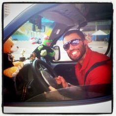 """Eu, no """"Hebe Táxi"""", o quadro do programa """"Hebe"""" em que eu entrevistava passageiros sobre temas envolvendo comportamento e variedades, pela RedeTV! (2011)."""