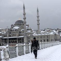 Forte nevicata su #Istanbul