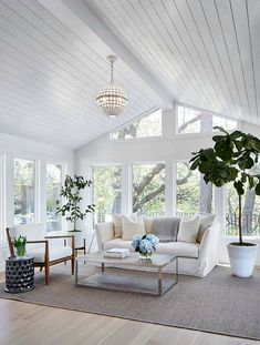 Newlywed Home Design Ideas Shiplap ceiling. Living room with shiplap ceiling. Living room with wood paneled ceiling and floor- Shabby Chic Living Room, My Living Room, Living Room Decor, Living Area, Coastal Living Rooms, Living Room With Windows, Living Spaces, Bedroom Decor, Barn Living