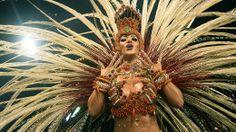 O desfile da Águia de Ouro - Galeria de fotos - VEJA.com__http://veja.abril.com.br/multimidia/galeria-fotos/o-desfile-da-aguia-de-ouro-2014