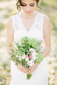 simple pink, white and green bridal bouquet | Almond Blossom Inspiration by Momento Cativo