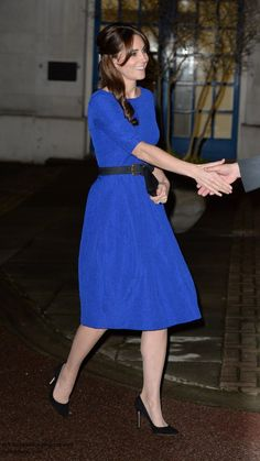 Duchess Kate: UPDATED: Kate in Saloni for Fostering Excellence Awards & The Cambridges Sign Book of Condolences for Paris