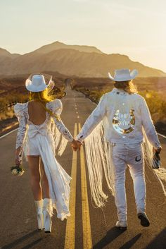Not Another Wedding: A No Fucks Given Las Vegas Vow Renewal · Rock n Roll Bride Elopement Wedding Dresses, Elope Wedding, Dream Wedding, Wedding Rustic, Wedding Poses, Wedding Ideas, Vow Renewal Dress, Vegas Vow Renewal Ideas, Las Vegas Weddings