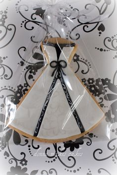 cookie wedding favors! Perfect for my sugar cookie obsession!!