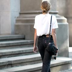 Black jeans | White tee | Basic | More on Fashionchick.nl