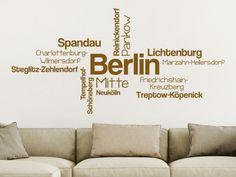 An alle Berliner: Wandtattoo Berlin Stadtteile im Wohnzimmer #Berlin #Wandtattoo