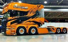 Scania R680 580 V8 Long Liner 8x4