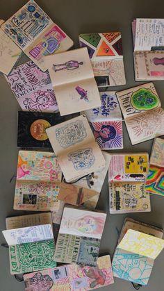 Art Journal Inspiration, Art Inspo, Art Du Croquis, Artist Aesthetic, Art Diary, Arte Sketchbook, Funky Art, Art Hoe, Scrapbook Journal