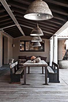 Chez Laurence Simoncini   MilK decoration