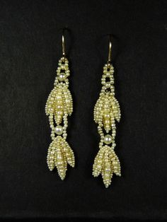 PAIR LOVELY ANTIQUE VICTORIAN ENGLISH GOLD NATURAL SEED PEARL DROP EARRINGS 1850