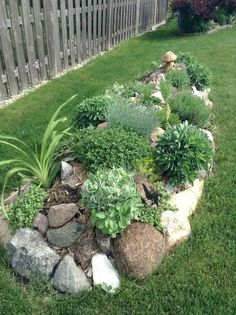 Why cultivate a rock garden? They're low-maintenance. They're in season all year round. They add variety to the landscape. Need another reason? Rock gardens are creative reflection of amazing…MoreMore #LandscapingIdeas #gardendesign