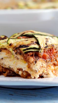 We combined all the wonderful summery flavors of ratatouille in this layered, noodle-free lasagna. We combined all the wonderful summery flavors of ratatouille in this layered, noodle-free lasagna. Easy Appetizer Recipes, Easy Healthy Recipes, Vegetarian Recipes, Easy Meals, Dinner Recipes, Cooking Recipes, Dinner Ideas, Vegetarian Dinners, Ground Beef Recipes