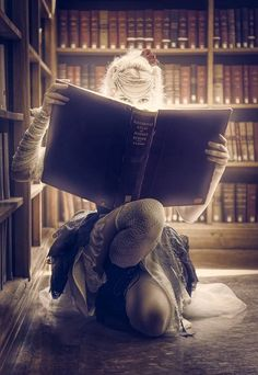 Who is this character and what is she reading? #WritingPrompt #WritersRelief
