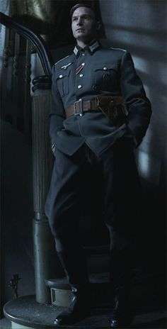 "Thomas Kretschmann in ""Der Pianist"" - Ww2 Uniforms, German Uniforms, German Soldiers Ww2, German Army, Der Pianist, War Film, Men In Uniform, Hollywood Actor, Military Art"
