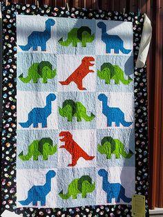 dinosuar quilt | Dinosaur Quilt | Flickr - Photo Sharing!