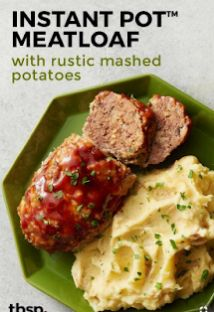 Classic meat loaf is back and better than ever thanks to the Instant Pot. Meat loaf and mashed potatoes are made in one dish and in half the time! Instant Pot Pressure Cooker, Pressure Cooker Recipes, Pressure Cooking, Instant Pot Dinner Recipes, Healthy Dinner Recipes, Meat Recipes, Cooking Recipes, Meat Meals, Cooking Pasta