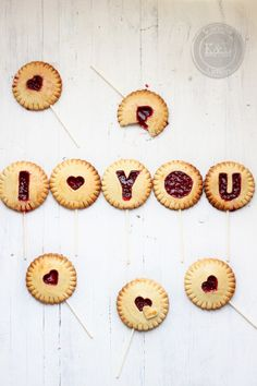 I LOVE YOU biscuits or cookies with red jam in them - such a sweet touch for Valentine's Day or an anniversary Valentine Treats, Be My Valentine, Valentine Day Gifts, Cupcakes, All You Need Is Love, Just For You, Cake Pops, Raspberry Cookies, Galletas Cookies