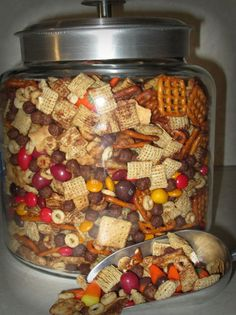 Sweet & Salty Fall Munch is part of Snack mix recipes - appetizer to a barn party our youth group is having Since my husband doesn't Care for the regular party mix i searched for a different one I didn't fi… Trail Mix Recipes, Snack Mix Recipes, Fall Recipes, Holiday Recipes, Cooking Recipes, Fall Trail Mix Recipe, Holiday Foods, Sweet And Salty Trail Mix Recipe, Thanksgiving Trail Mix Recipe